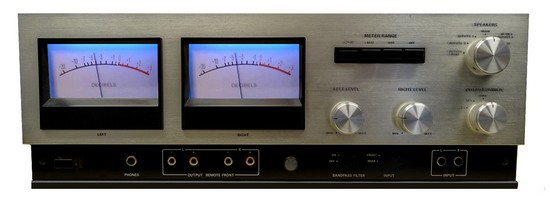 POWER AMPLIFIER ACCUPHASE P300