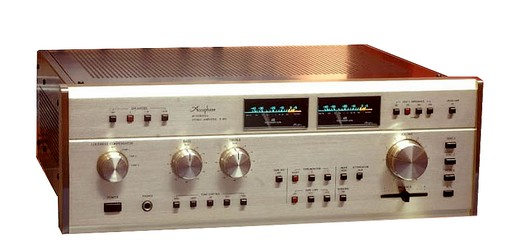 Accuphase E 303