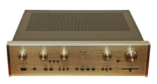 Accuphase E 203