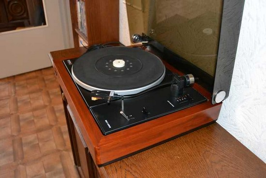 platine vinyle vintage lenco l80 le tourne disques lenco. Black Bedroom Furniture Sets. Home Design Ideas