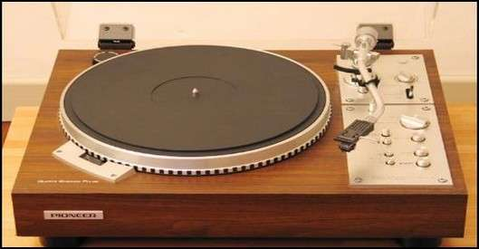 Vintage turntables photo gallery of vintage stereo turntables record - Lecteur vinyle vintage ...