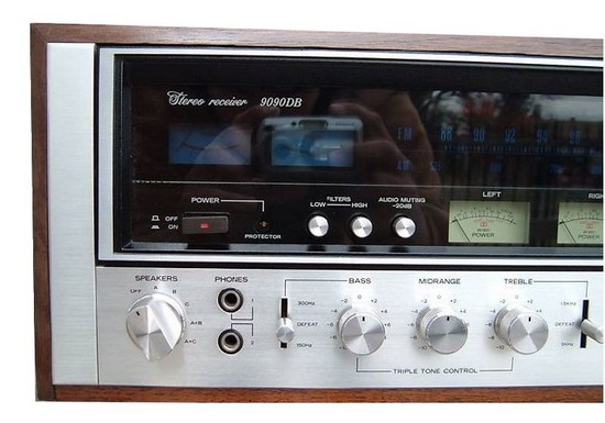 RECEIVER SANSUI 9090db