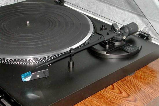Vintage Turntable Technics sl bd 22